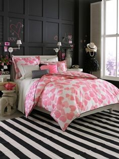 Intro Teen Vogue Bedding Faded Heart With Striped Carpet, dining room color ideas, living room colors ~ Home Design Dream Rooms, Dream Bedroom, Home Bedroom, Bedroom Decor, Bedroom Ideas, Bedroom Designs, Bedroom Interiors, Pretty Bedroom, Bedroom Black