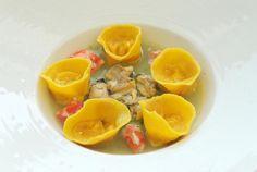 Ricetta Ravioli di granchio imperiale, sedano e vongole - Cucina e Sapori - Giornale di Brescia
