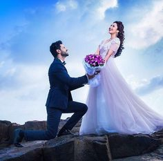 Divyanka Tripathi and Yeh hai mohabbatein co-star Vivek Dahiya will tie the knot on 8 July. See photos from their pre-wedding shoot, Divyanka's 'haldi' and 'mehendi' here. Indian Wedding Photography Poses, Wedding Couple Poses Photography, Couple Photoshoot Poses, Pre Wedding Photoshoot, Wedding Couples, Wedding Pictures, Pre Wedding Poses, Pre Wedding Shoot Ideas, Tv Actors