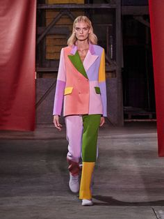 Brogger Spring/Summer 2019 Ready-To-Wear Collection Color COLOR |  #ENTERTAINMENT #EDUCRATSWEB | In this article, you can see photos & images. Moreover, you can see new wallpapers, pics, images, and pictures for free download. On top of that, you can see other  pictures & photos for download. For more images visit my website and download photos.