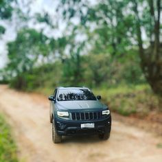 """Wk2Brazil_offroad no Instagram: """"wk2 - @jeep @jeepdobrasil @instagrand.wk2_brazil @wk2_brazil @kbrazil_overlander @fury_rhino @low_and_dirty @family_adventure_4x4 …"""" Grand Cherokee 2014, Grand Cherokee Limited, Adventure 4x4, Family Adventure, Jeep, Offroad, Brazil, Instagram, Off Road"""
