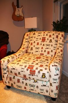 need to buy some fabric like this and make me a stool cover :)