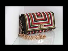 Swan Tre Sfere - YouTube Crochet Clutch Bags, Crochet Tote, Crochet Handbags, Crochet Purses, Handbag Patterns, Bag Patterns To Sew, Scarf On Bag, Crochet Furniture, Crochet Bag Tutorials