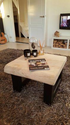 Boomstam salontafel van woodlovesyouandmore  www.woodlovesyouandmore.nl