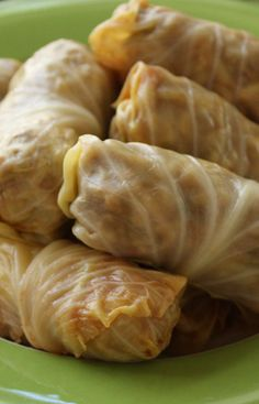 Polish Cabbage Rolls recipe from Jenny Jones (JennyCanCook.com) - Simple, healthy recipe using ground sirloin, rice, and mushrooms - lots of raves! See my How-To video at: http://www.jennycancook.com/videos/ #JennyCanCook #polishrecipes #cabbagerolls