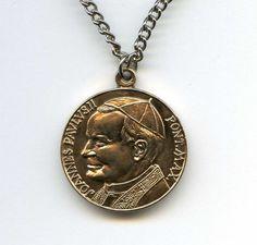 """Vtg Brass John Paul II Pope Our Lady of Czestochowa 1-1/8"""" D Medal 12.4Gr Chain"""