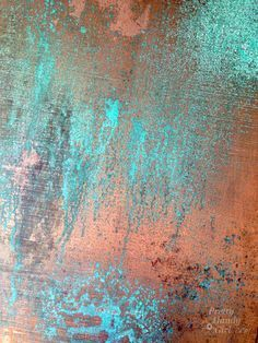 Inexpensive Faux Copper and Patina Metal (Pretty Handy Girl) Pintura Patina, Bar Deco, Patina Paint, Copper Paint Colors, Rust Paint, Patina Color, Patina Finish, Glitter Frame, Glitter Art