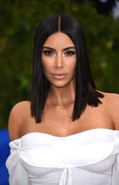 Best beauty looks from the 2017 Met Gala: http://aol.it/2qAdLHh