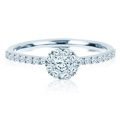 BIRKS SNOWFLAKE™ Collection, cluster ring in 18kt white gold with round diamonds