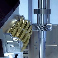 Tech Discover Which gear hobbing process is better - dry hobbing or wet hobbing? Discover the best gear hobbing option for your production line. Milling Machine, Machine Tools, Bevel Gear, Mechanical Art, Science Art, Control, Cnc, Gears, 3d Drawings