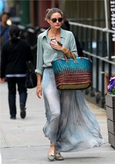 Love everything about the flowy blues and straw bag.