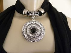 New Womens Pendant Scarf Necklace Jewelry Choker Bling Black
