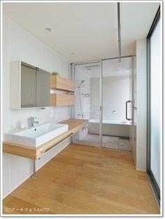 ■WEB内覧会・サニタリー | 家づくり手帖 Washroom Design, Toilet Design, Bathroom Toilets, Laundry In Bathroom, Muji Style, Japan Interior, Japanese Bathroom, Simple Interior, Minimalist Bathroom