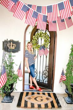 The Fourth of July - What to Wear to Celebrate in Style - Red, white and blue pieces to help y out create the perfect outfit this 4th of July. Fourth Of July Decor, 4th Of July Celebration, 4th Of July Decorations, 4th Of July Party, July 4th, 4th Of July Outfits, Quirky Home Decor, Indian Home Decor, Perfect Outfit