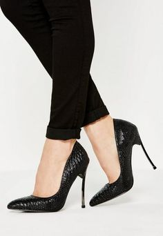 f8f520b618b7 Missguided Black Curve Metal Heel Pointed Pumps Black Pumps Outfit