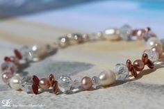 Bracelet perle d'eau douce et cristal Swarovski.