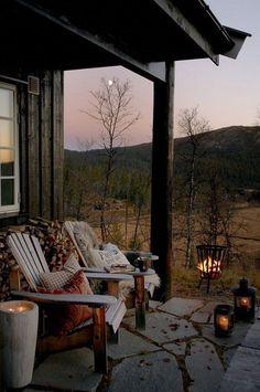 Aspen House, Farmhouse Front Porches, Outdoor Living, Outdoor Decor, Outdoor Ideas, Cozy Place, Porch Decorating, Interior Decorating, Decorating Ideas
