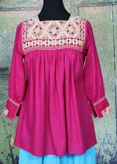 Pink & Cream Hand embroidered Blouse Chiapas Mexico Hippie, Frida Santa Fe Style #Handmade #blouse