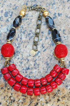 Negrita-Asian Inspired Coral Rojo, Cinabrio, Negro ágata y collar de oro | XO Galería