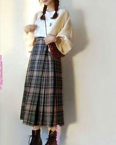 street korean fashion looks great 23299 Korean Girl Fashion, Korean Fashion Trends, Korean Street Fashion, Korea Fashion, Japanese Fashion, Asian Fashion, Trendy Fashion, Fashion Looks, Teen Girl Fashion