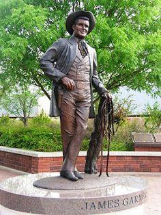 James Garner statue in Norman Oklahoma...... A bronze statue of Garner, unveiled in Norman, Okla., in 2006