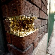 Geode Street Art: Creating Crystalline Shapes Out of Paper