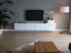 Mijn vergaarbak van leuke ideeën die ik wil toepassen in mijn huis. - combinatie vloer, tv meubel en kleuren