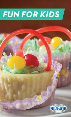These tiny cheesecake Easter baskets are a perfect dessert for tiny guests.  For some extra fun, let guests garnish them with licorice and jelly beans. Easter Treats, Easter Desserts, Easter Recipes, Easter Eggs, Easter Food, Easter Decor, Easter Holidays, Easter Brunch, Easter Party