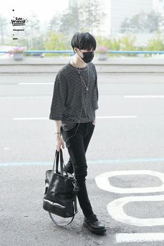 Kim Yugyeom  ( cr: 200percent_S2 ) Kpop Outfits, Mode Outfits, Fashion Outfits, Korean Fashion Kpop, Korean Street Fashion, Airport Fashion, Vogue Korea, Kpop Mode, Bts Inspired Outfits