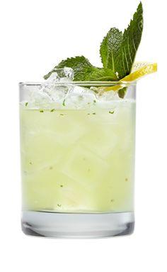 Light Lemon Mojito (1.5 oz Smirnoff Sorbet Light Lemon  .75 oz fresh lemon juice 7 mint leaves 2 oz club soda))