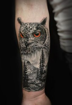 33 Awesome Owl Tattoo Design for All Time - Ide Tattoos Owl Forearm Tattoo, Mens Owl Tattoo, Tree Sleeve Tattoo, Nature Tattoo Sleeve, Tattoo Henna, Tattoo Sleeve Designs, Tattoo Designs Men, Sleeve Tattoos, Tattoo Owl
