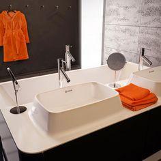 Zdjęcie nr 41 w galerii ŁAZIENKI NOWOCZESNE - wanny, umywalki, brodziki, meble na wymiar – Deccoria.pl