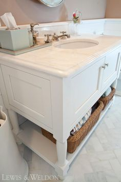 Pretty bathroom vanity with white marble top - Lewis and Weldon Custom Kitchens Marble Top, White Marble, Custom Kitchens, Custom Cabinetry, Bath Design, Beautiful Bathrooms, Kitchen And Bath, Master Bath, Vanity
