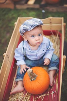 Fall Baby Pictures, Toddler Pictures, Baby Boy Photos, Fall Family Photos, Family Pictures, Fall Baby Pics, Halloween Baby Pictures, Holiday Photos, Thanksgiving Outfit