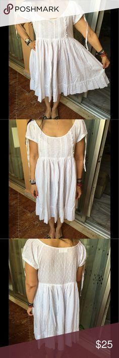 Capri Beach Dress Beautiful white beach dress by Antica Sartoria purchased in Capri, Italy Antica Sartoria Dresses