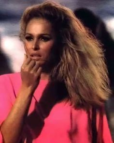 Classic Beauty, Timeless Beauty, Gorgeous Women, Beautiful People, Ursula Andress, Louise Brooks, Bond Girls, Thing 1, Vintage Makeup