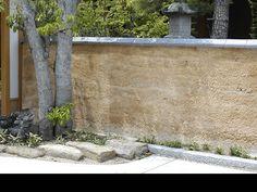 版築土塀 Rammed Earth, Fencing, Adobe, Architecture, Garden, Wall, Inspiration, Walls, Earth