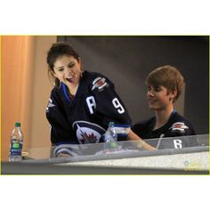 Selena Gomez // Justin Bieber ♥ ❤ liked on Polyvore featuring jelena, justin bieber and couples