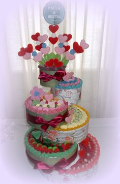 Wedding Cake. Malakoss salamanca Candy Birthday Cakes, Candy Cakes, Different Kinds Of Fruits, Happy Birthday Princess, Bar A Bonbon, Sweet Box, Candy Bouquet, Candy Table, Candy Party