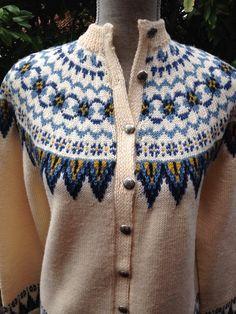 Fair Isle Norwegian wool sweater by Sundt of Bergen-XS Fair Isle Knitting Patterns, Fair Isle Pattern, Sweater Knitting Patterns, Cool Sweaters, Sweaters For Women, Nordic Sweater, Fair Isles, Knit Fashion, Knit Crochet