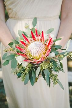This Rustic Italian Olive Branch Winery Wedding from onelove photography and The Little Branch features peach and pink garden roses and proteas. Simple Wedding Bouquets, Flower Bouquet Wedding, Bridesmaid Bouquet, Bridal Bouquets, Wedding Trends, Wedding Styles, Wedding Ideas, Wedding Decor, Protea Bouquet