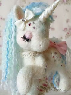 Handmade Needle felt Fairy Unicorn SugarShimmers by BatnBunny Felt Crafts, Diy And Crafts, Arts And Crafts, Little Doll, My Little Pony, Oblyvian Girls, 3d Figures, Unicorns And Mermaids, Felt Fairy