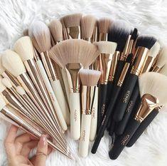 hübsche Make-up Pinsel - Make-up Pinsel - - Makeup Tips Color Correcting Make Up Kits, Makeup Goals, Makeup Inspo, Makeup Inspiration, Makeup Blog, Makeup Ideas, Cute Makeup, Pretty Makeup, Cheap Makeup