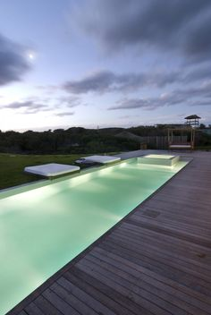 This contemporary beach house in Uruguay was designed by Martin Gomez Architects. Outdoor Pool, Outdoor Spaces, Outdoor Living, Casa San Sebastian, Sustainable Architecture, Architecture Design, Ideas De Piscina, Piscina Interior, Contemporary Beach House