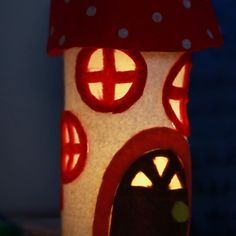 Gnome Home Night Light // - Nifty - Home Crafts, Diy And Crafts, Crafts For Kids, Arts And Crafts, Cool Diy, Easy Diy, Buzzfeed Diy, Craft Projects, Projects To Try