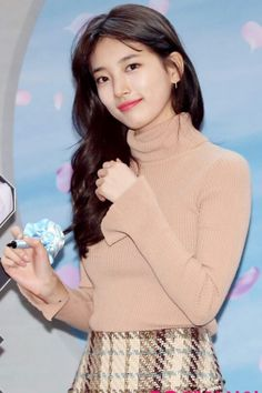 Korean Celebrities, Korean Actors, Celebs, Korean Girl, Asian Girl, Miss A Suzy, Beautiful Japanese Girl, Uzzlang Girl, Bae Suzy