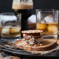 smore summer weekend What better way to toast the #weekend and the end of #summer than with a delicious #smore? We've partnered with @TheBeeroness to put a grownup twist on the campfire classic. Click the link in our bio to get the recipe!