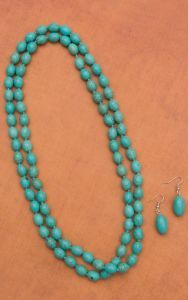 Oblong Turquoise Beaded Necklace Set | Cavender's