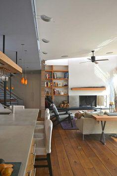 asymmetrische Wände offene Küche Wohnzimmer