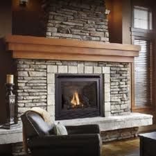 i love fireplaces (itd be better if it was a natural fireplace)